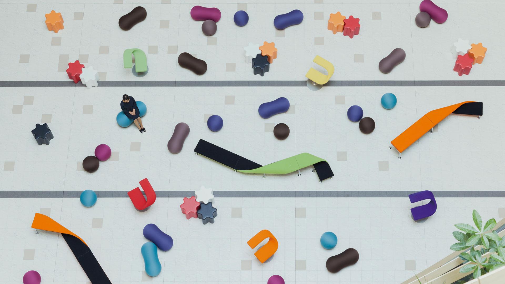 【50%OFF】 【個性派必見!カジュアルな草履バッグセット】白/水玉/ドット/カラフル/縮緬/ちりめん/草履セット/合皮/日本製/フリーサイズ/送料無料-和装・和服
